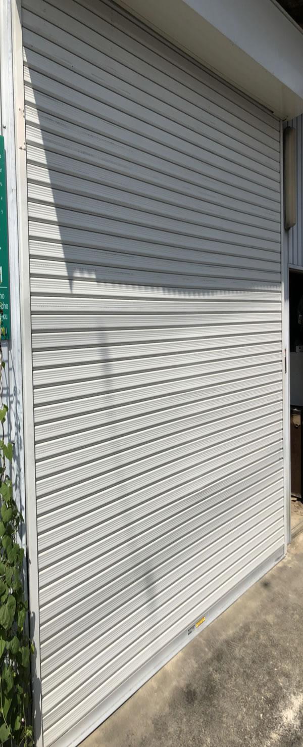 堺市でシャッター修理例|倉庫シャッター飛び込み復旧工事後